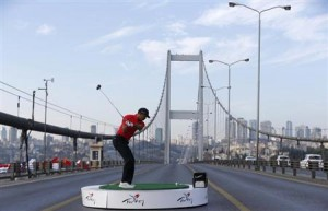 Tiger Woods promote Turquie. Fuente: Reuters